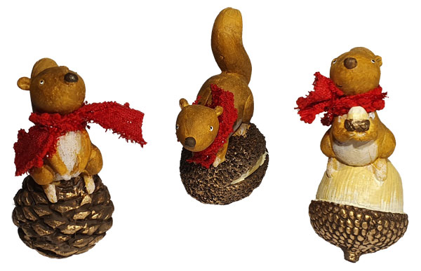 Set of 3 squirrels on fir cone
